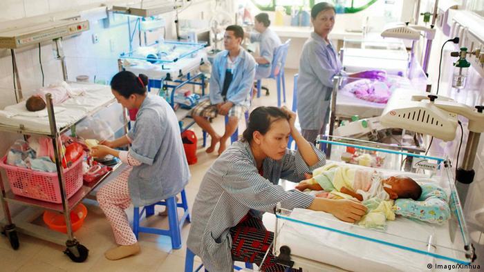 Vietnam Krankenhaus (Imago/Xinhua)