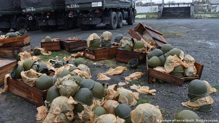 Armenien Bergkarabach Konflikt Ausrüstung Freiwillige Kämpfer