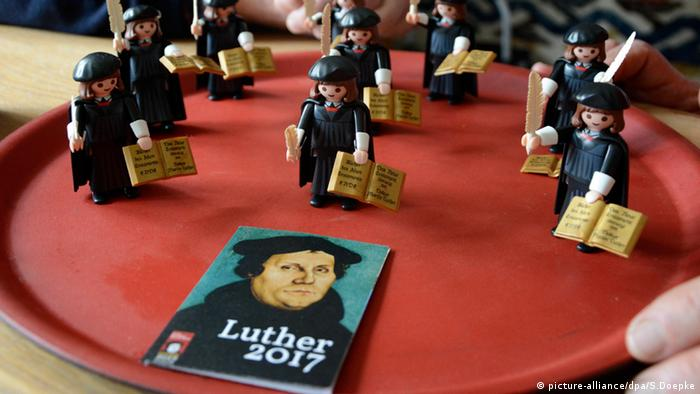 Playmobil-Figur Martin Luther Deutschland (picture-alliance/dpa/S.Doepke)