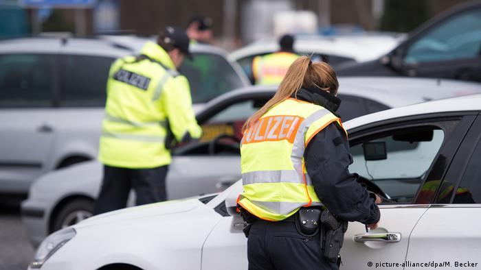 German police conduct border controls near Aachen