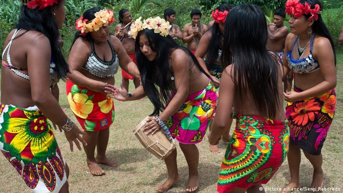 Panama Volkstanz Embera Stamm