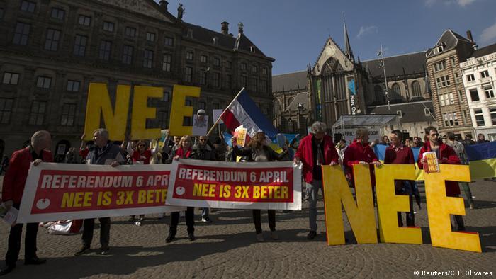 Niederlande Amsterdam Referendum EU Ukraine