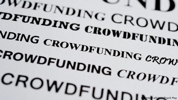 Symbolbild Crowdfunding (picture-alliance/Frank May)