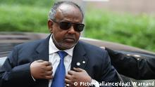 02.04.2014****epa04150694 Djibouti's President Ismail Omar Guelleh arrives at the fourth EU-Africa Summit of Heads of States at the European council headquarters in Brussels, Belgium, 02 April 2014. Discussions at the summit will focus on the theme 'Investing in People, Prosperity and Peace'. Topics will include education and training, women and youth, legal and illegal migrant flows between both continents, ways to stimulate growth and to create jobs, investing in peace and in ways to enhance EU support for African capacities in managing security in the continent. EPA/JULIEN WARNAND +++(c) dpa - Bildfunk+++ Copyright: Picture-allaince/dpa/J. Warnand
