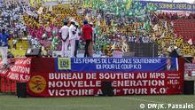 Tschad Präsident Idriss Deby Itno - Anhänger im Stadion