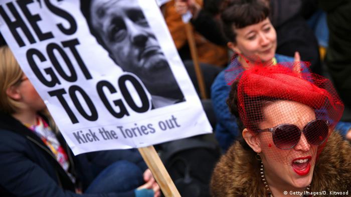 Großbritannien Demonstration gegen Premierminister David Cameron