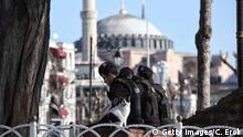 Türkei Symbolbild Polizeiabsperrungen bei Sehenswürdigkeiten in Instanbul