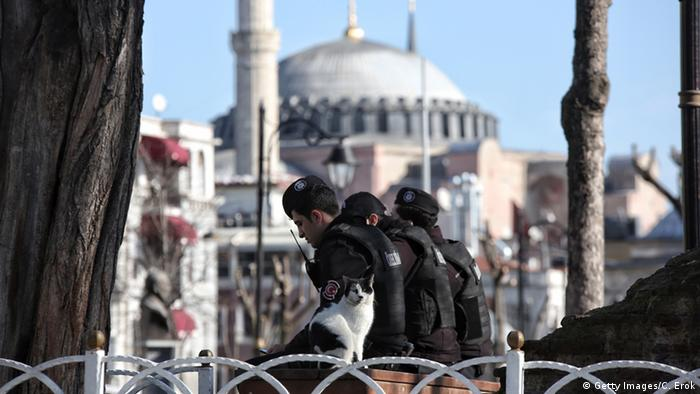 Turkish police secure the area after an explosion in the central Istanbul Sultanahmet district