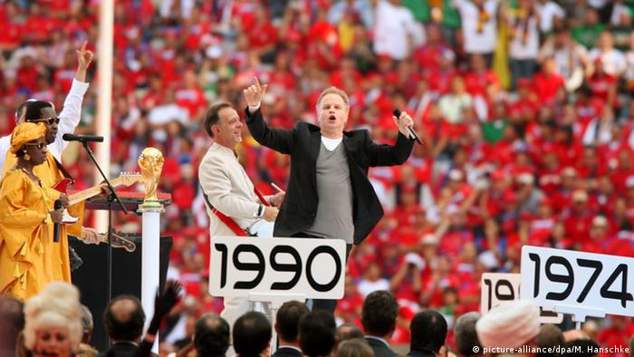 Herbert Grönemeyer at the opening ceremony of the Football World Cup in 2006, Copyright:picture -alliance/dpa/ M. Hanschke