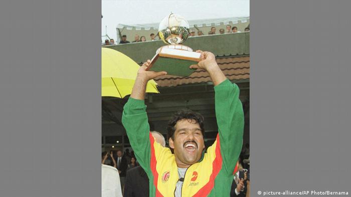 Ehemaliger Cricket-Spieler Akram Khan (picture-alliance/AP Photo/Bernama)