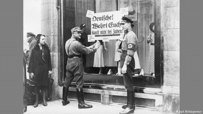 Sign reading Don't buy from Jews! from Berlin in 1933 (bpk Bildagentur)