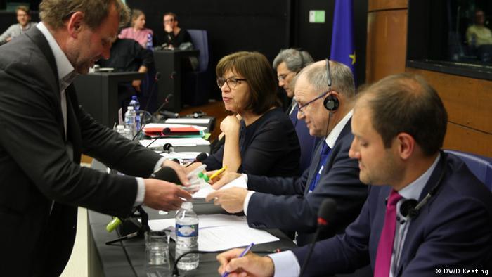 Europaparlament, Urinprobe
