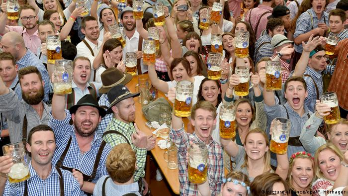Germany, people at the Oktoberfest in Munich