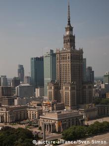 Polen Kultur - und Wissenschaftspalast in Warschau