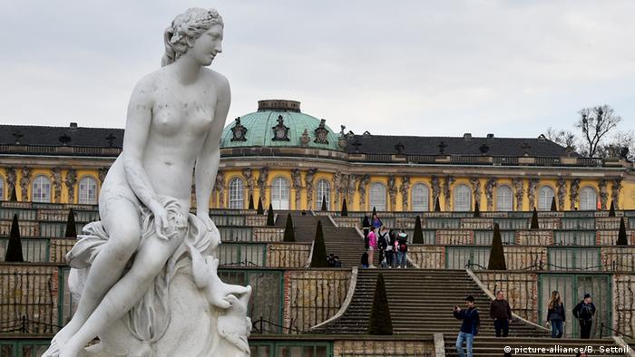 Deutschland Sanssouci in Potsdam Venus (picture-alliance/B. Settnik)