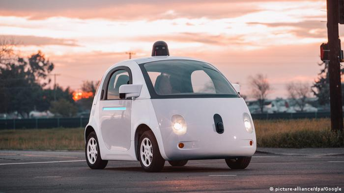 Google's self-driving car (picture-alliance/dpa/Google)