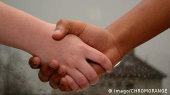 Symbolbild Handschlag