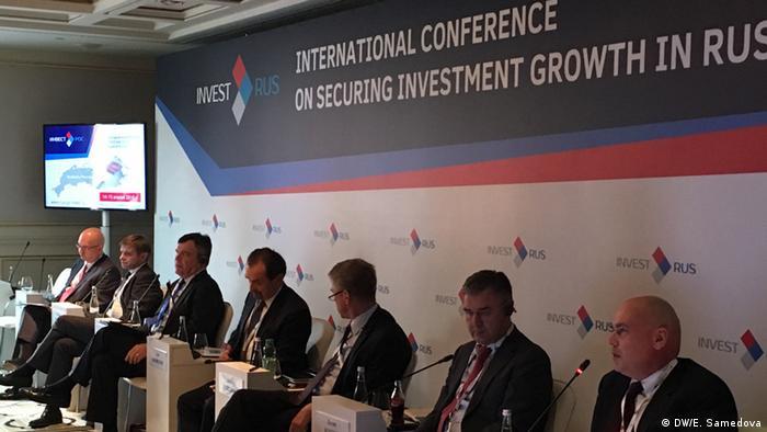 Russland Teilnehmer des Investorenforums InvestRos in Moskau