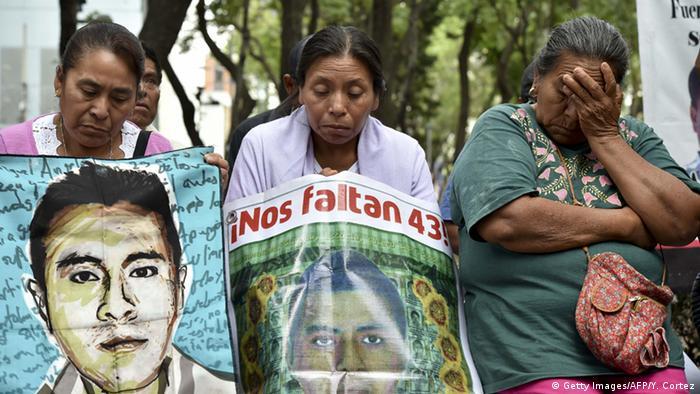 Mexiko Verschwundene Studenten Bundespolizisten werden verdächtigt (Getty Images/AFP/Y. Cortez)