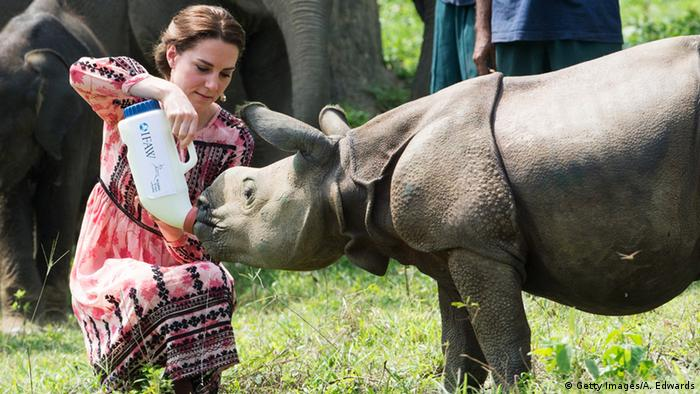 Indien Catherine, Duchess of Cambridge mit Nashorn