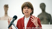 Cologne Mayor Henriette Reker (picture-alliance/dpa/F. Gambarini)