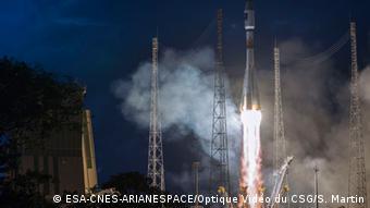 Start einer Sojus-Rakete mit zwei Galileo-Satelliten an Bord