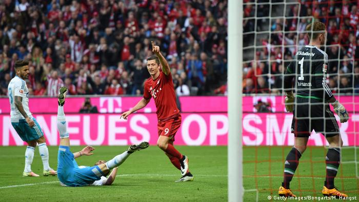 Robert Lewandowski dreht jubelnd ab. Foto: Getty Images
