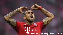 MUNICH, GERMANY - APRIL 16: Arturo Vidal of Bayern Muenchen reacts during the Bundesliga match between FC Bayern Muenchen and FC Schalke 04 at Allianz Arena on April 16, 2016 in Munich, Germany copyright. Getty Images/Bongarts/M. Hangst