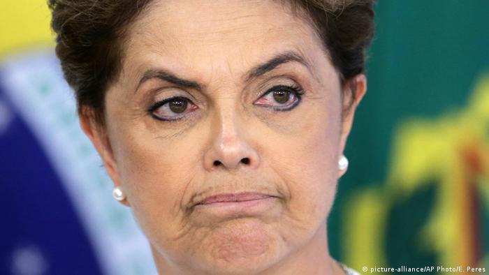 "Dilma: ""Ânimo e força para enfrentar a injustiça"""