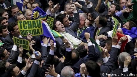 Câmara dos Deputados aprova continuidade do processo de impeachment de Dilma Rousseff