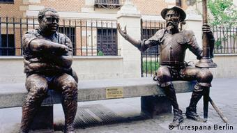 Sculpture Don Quixote and Sancho Pansa Copyright: Turespana Berlin