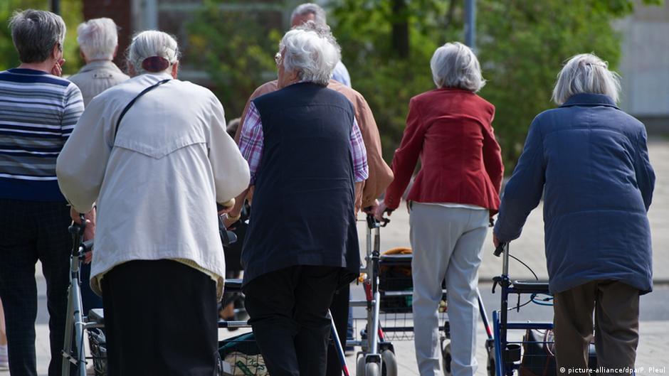 Русские дома престарелых в берлине интернат для престарелых тульская обл