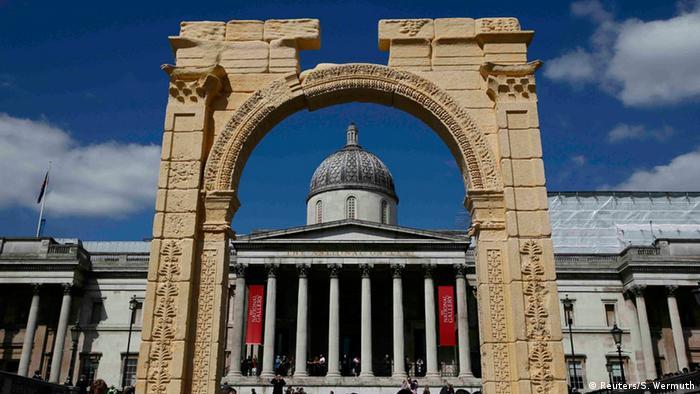 Replik eines Palmyra-Triumphbogensin London. Foto: Reuters