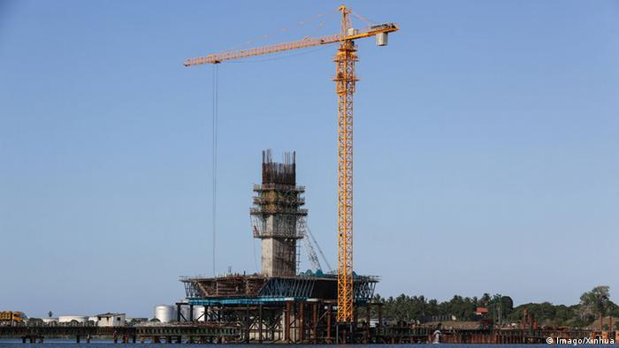 Tansania Dar Es Salaam Kigamboni Brücke Baustelle