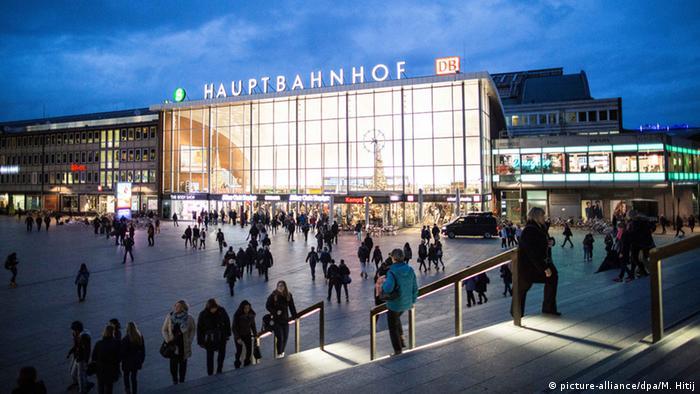 Deutschland Hauptbahnhof Köln (picture-alliance/dpa/M. Hitij)