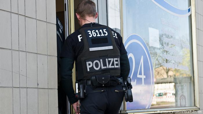 Pflegefirma in Berlin Polizei Razzia Pflegebetrug