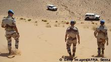 صورة من الأرشيف لجنود الأمم المتحدة في منطقة الصحراء الغربية ضمن قوات مينورسو