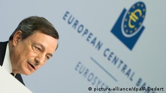 Ο Ντράγκι προειδοποιεί: η αποχώρηση από το ευρώ στοιχίζει πολύ ακριβά