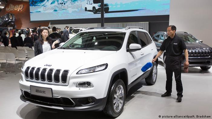 Внедорожники Jeep на автосалоне