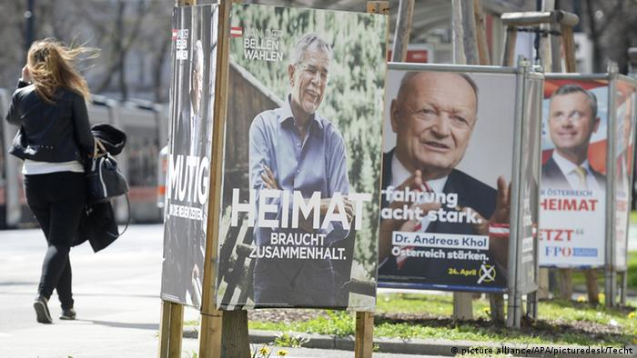 Österreich Wahlplakate 2016 - Foo: picture alliance/APA/picturedesk/Techt
