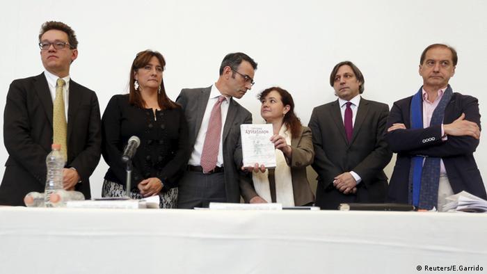 El Grupo Interdisciplinario de Expertas y Expertos Independientes (GIEI), presenta su reporte final en 2016.