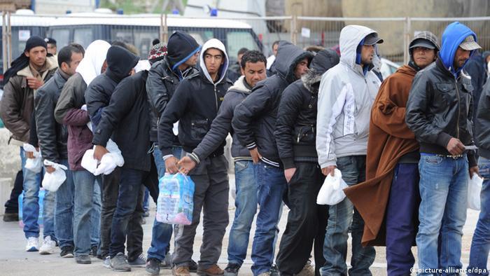 Flüchtlinge aus Nordafrika (picture-alliance/dpa)