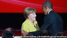 24.04.2016+++ HANOVER, April 24, 2016 (Xinhua) -- German Chancellor Angela Merkel(L) and U.S. President Barack Obama attend the opening ceremony of 2016 Hanover Industrial Trade Fair in Hanover, Germany, on April 24, 2016. +++ (C) picture-alliance/Zuma Press/Xinhua/Luo Huanhuan