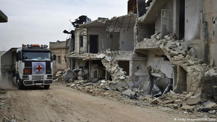 Syrien Hilfskonvoi Rotes Kreuz Rastan