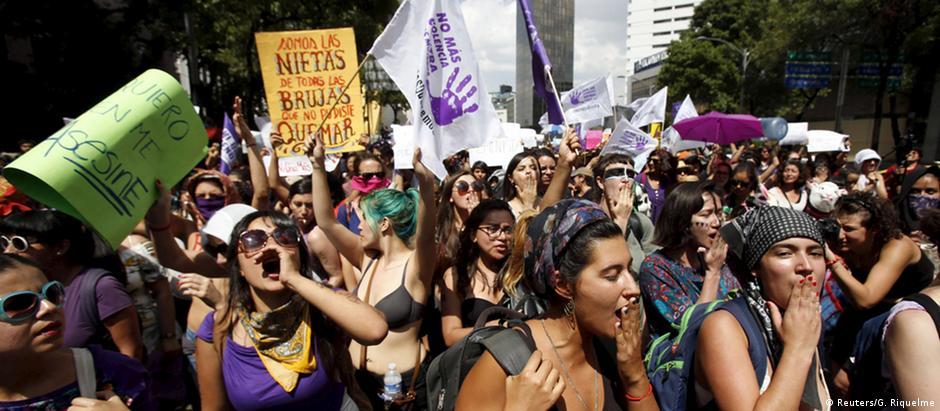 Milhares protestam na Cidade do México contra a violência de gênero