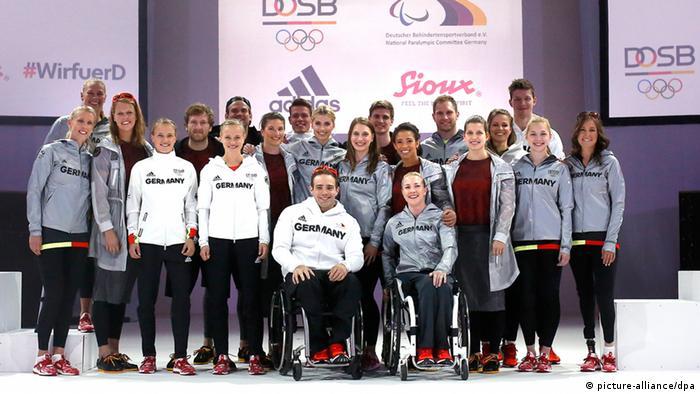 8552ebbecceba Alemanha apresenta uniformes para Rio 2016