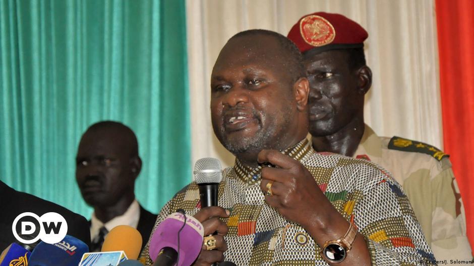 South Sudan opposition leader Machar flees
