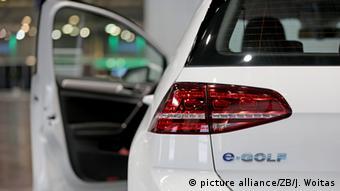 ÎÎ¬Î½Ï Î±ÏÏ 50 ηλεκÏÏοκίνηÏα Ïιλοδοξεί να καÏαÏκεÏάÏει η VW μέÏÏι ÏÎ¿ 2025.
