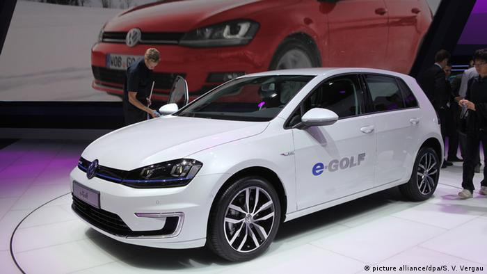Volkswagen E-Golf, Copyright: picture alliance/dpa/S. V. Vergau