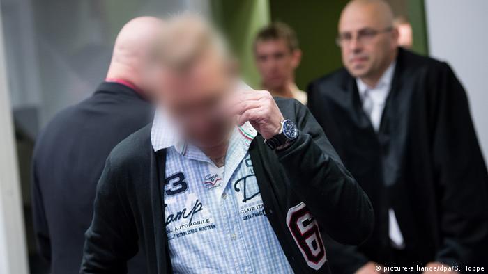 Обвиняемый Андреас Х. на суде в Мюнхене